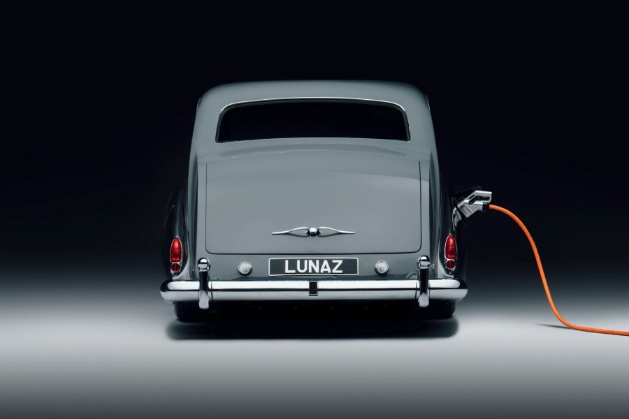 Lunaz提供