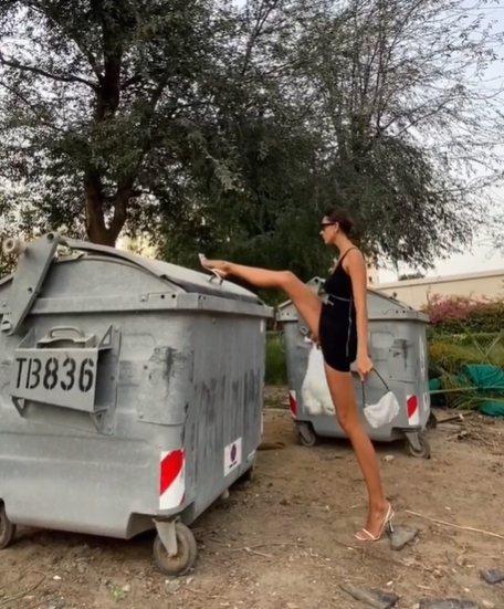 俄羅斯健身女模Anna Kanyuk一字馬打開垃圾桶蓋的帥照,也穿搭alexan...