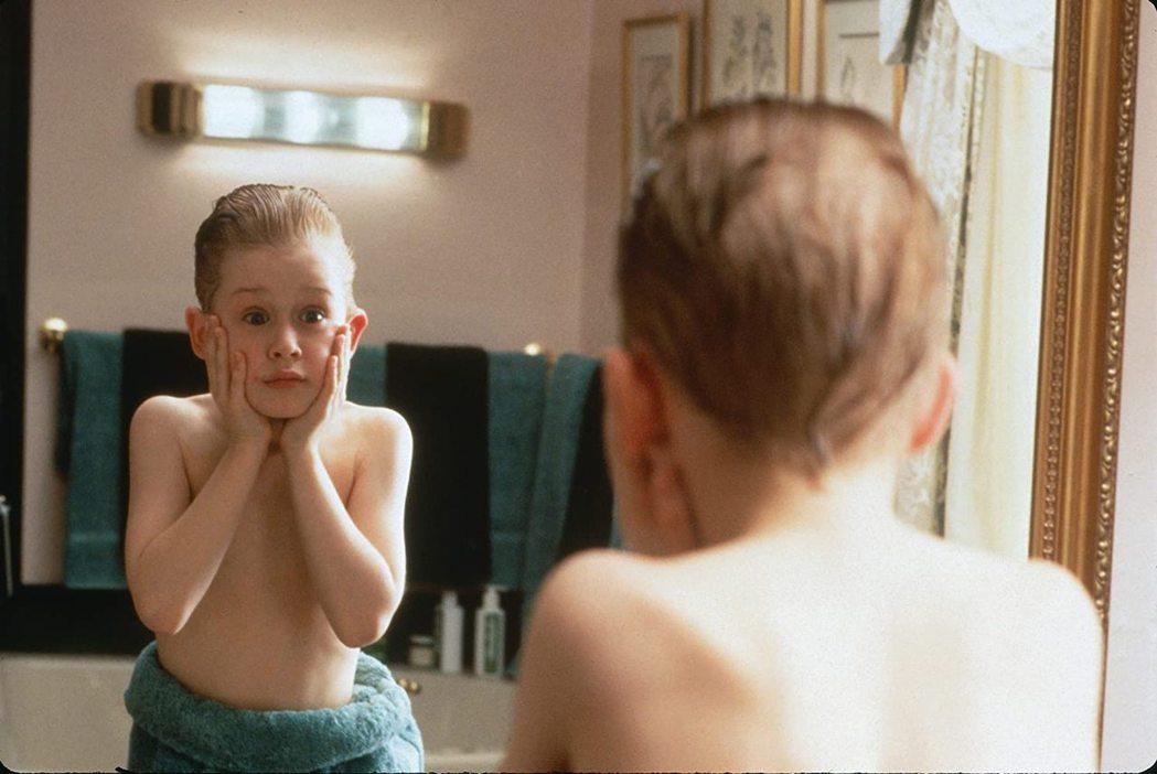 「小鬼當家」令麥考利克金一度是全球最紅童星,片酬比不少成人都高。圖/摘自imdb
