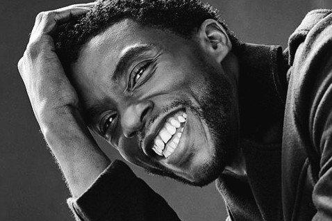 「黑豹」男主角查德威克鮑斯曼生前關心黑人平權,多次為此發聲,最後接下的工作是和「熊麻吉」導演賽斯麥克法蘭監製以「1950年代末期黑人學生想進校遭到歧視、差點無法圓夢」真人實事改編的新影集,同樣是在提...