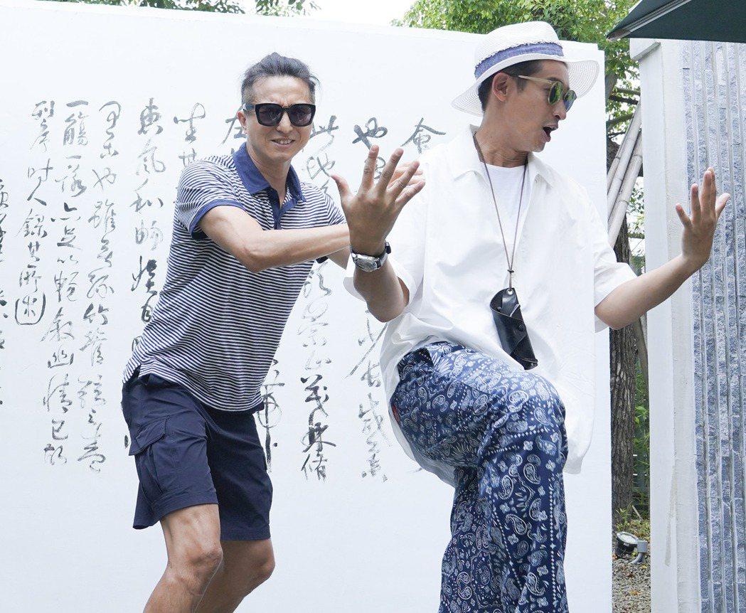 王少偉(左)、Darren邱凱偉出席「我的婆婆」台南見面會,分享現在走到哪都會被...
