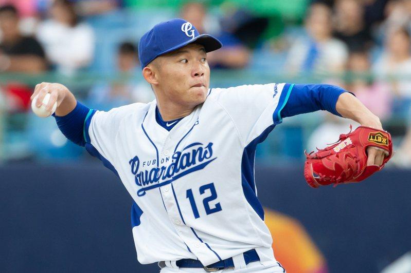 悍將先發投手江國豪奪下第七勝並獲得單場MVP。記者季相儒/攝影
