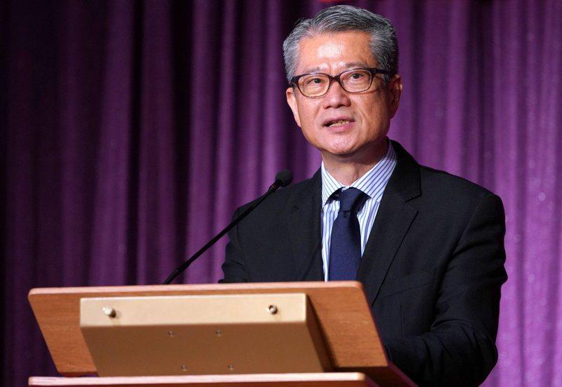 圖為香港財政司長陳茂波。 香港中國通訊社