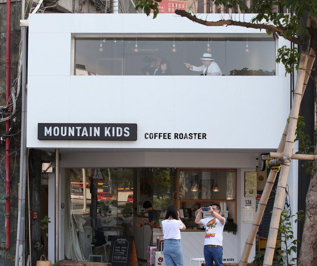 對於一般正常的咖啡店而言,其實只要網美們不要太誇張,店家基本上並不會太加以干涉或...