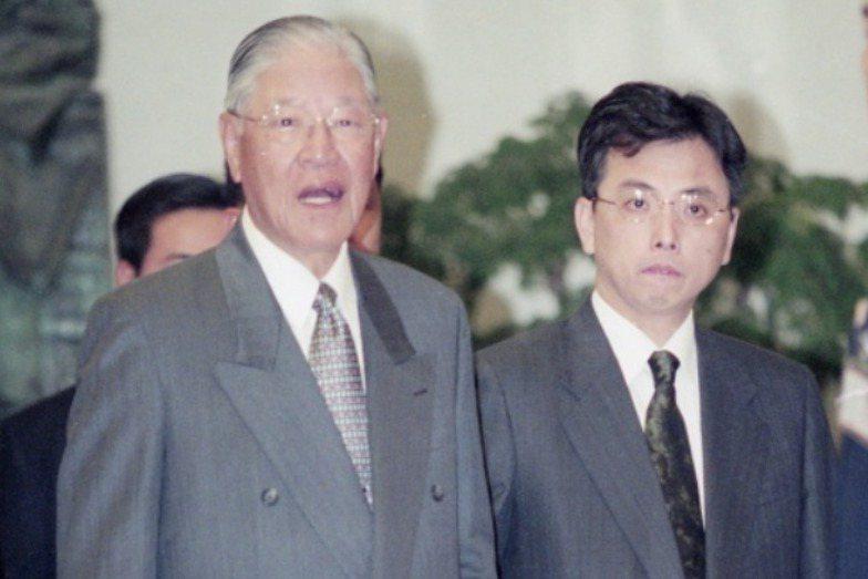 李登輝及蘇志誠在1999年4月14日出席國民黨中常會。 圖/聯合報系資料照