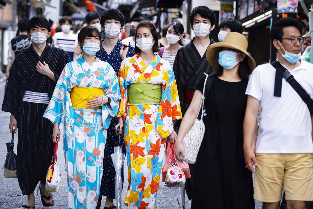 日本全國確診病例不斷再創新高,第二波疫情來勢洶洶。不僅是下學期,日本高教的前景也...