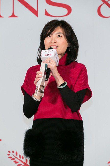 克蘭詩台灣總經理陳素慧說,克蘭詩長期投入關節炎研究,希望能帶給人們「每個人都有美...
