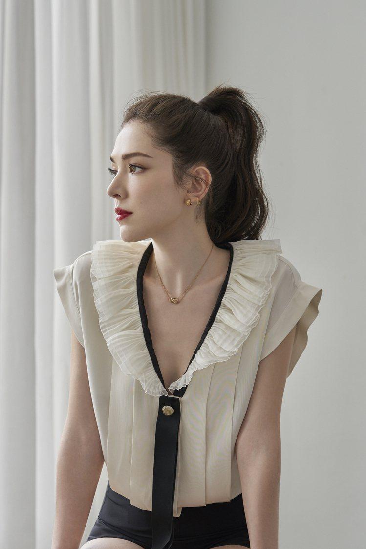 香奈兒品牌彩妝大使許瑋甯追求氣色好、膚色透亮的妝感。圖/香奈兒提供