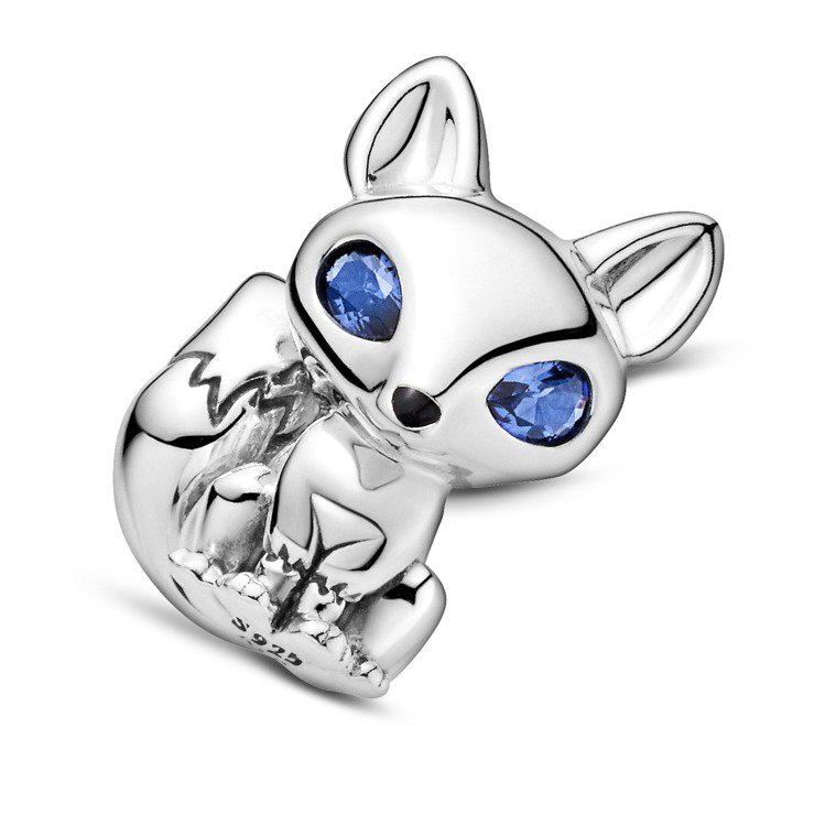 藍眼狐狸925銀串飾,1,580元。圖/PANDORA提供