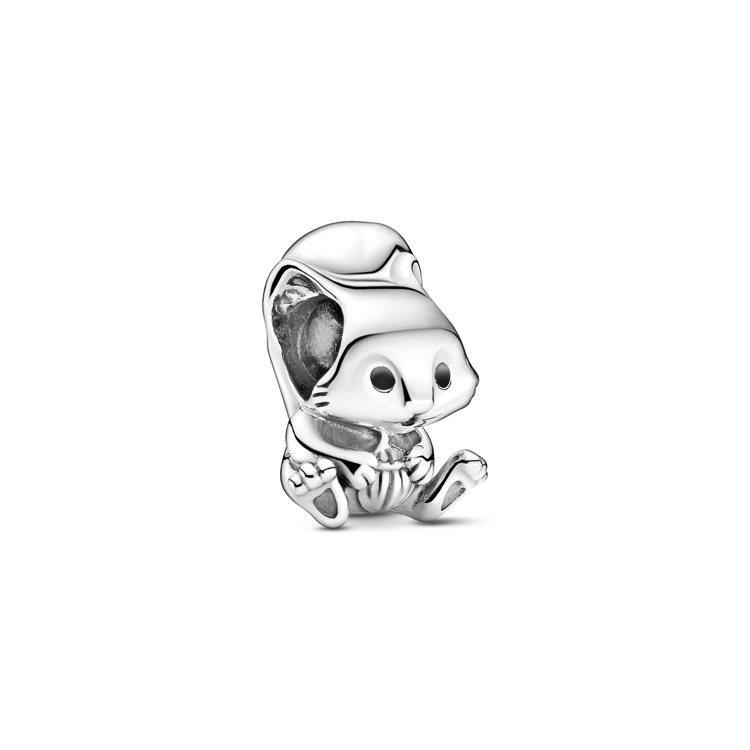可愛松鼠925銀串飾,1,480元。圖/PANDORA提供