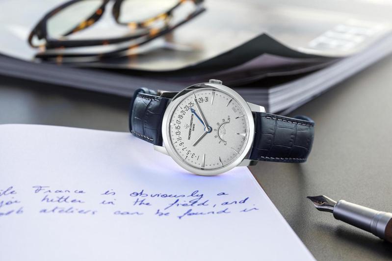雖然不能真正翻轉時間,具有逆跳(retrograpde)功能的腕表如江詩丹頓(Vacheron Constantin)Patrimony腕表,卻展現斯文優雅的顯示趣味。圖 / Vacheron Constantin提供。