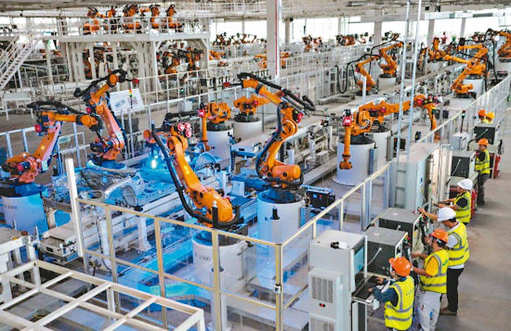 大陸8月官方製造業PMI為51,較7月降0.1個百分點。 網路照片