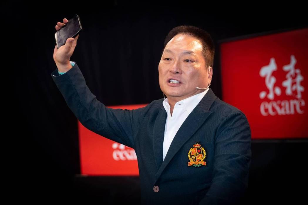 東森集團王令麟總裁表示,《料理之王》是以《聲林之王》原班團隊,耗資五千萬,歷時兩...
