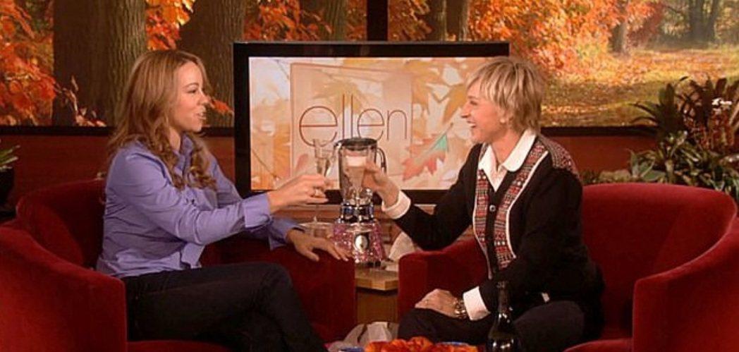 艾倫狄珍妮絲(右)曾在節目上逼瑪麗亞凱莉公開承認已經懷孕。圖/摘自YouTube