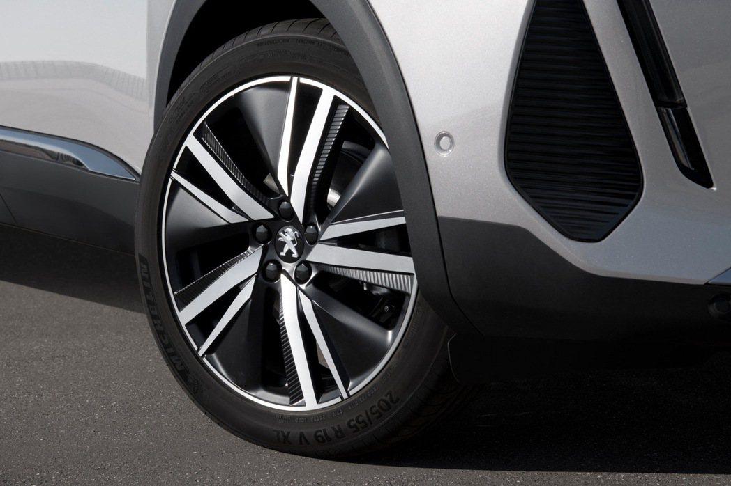 19吋San Francisco鑽石切割鋁圈。 摘自Peugeot
