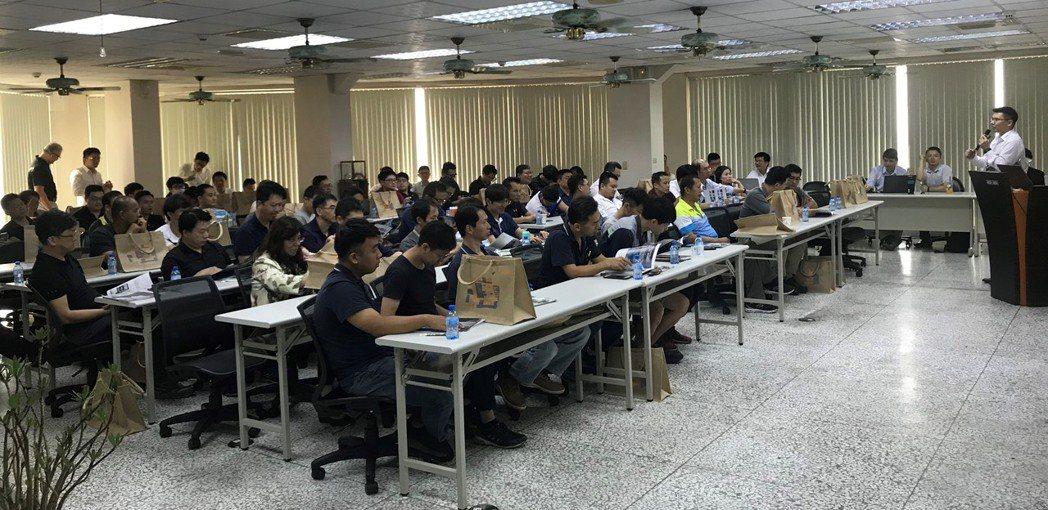 常銘「常準MAXIMART」辦技術研討會協助業者加速提昇五軸加工應用新知及洞悉產...