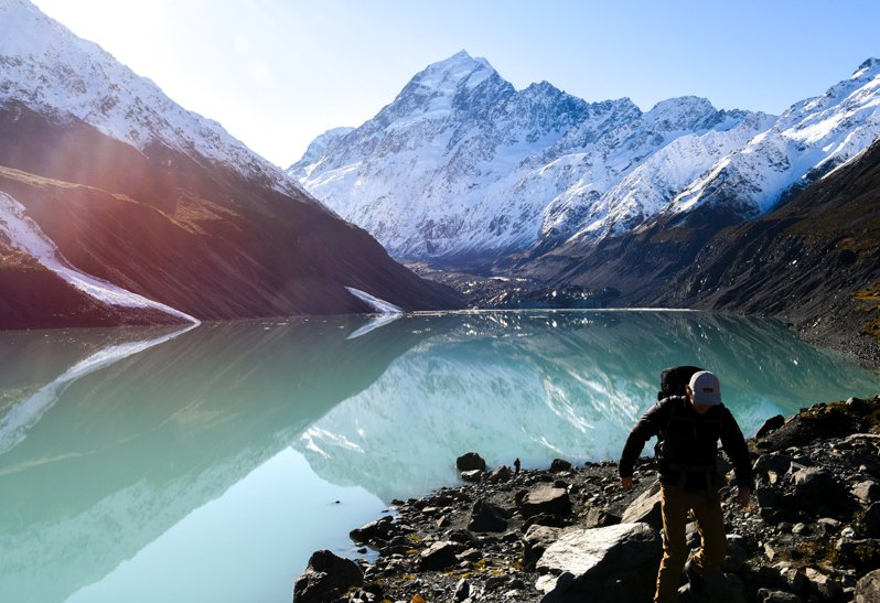 由於氣候暖化導致冰川融化,自1990年起,全球冰川湖的數量已增加53%。(新華社)
