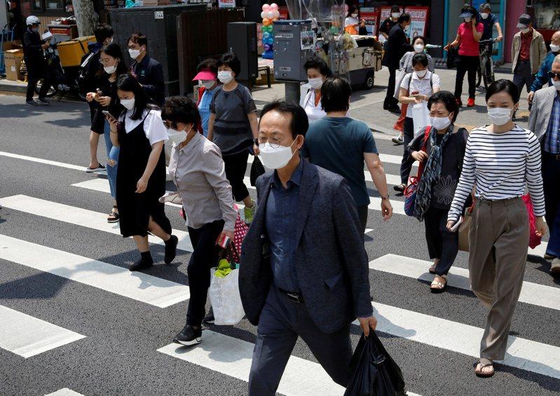韓國今天確診感染新冠肺炎新增267例。路透
