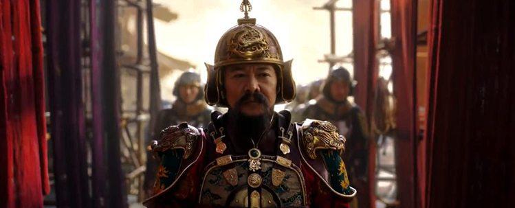 李連杰在「花木蘭」中扮演皇帝。圖/摘自YouTube