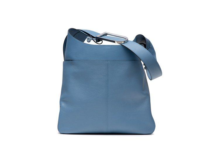 DELVAUX So Cool丹寧藍拼接牛皮肩背包,12萬1,900元。圖/DE...