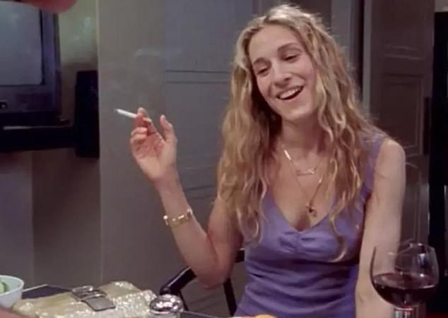 莎拉潔西卡派克在「慾望城市」扮演的凱莉,原本煙癮不小。圖/摘自HBO ※ 提醒您...