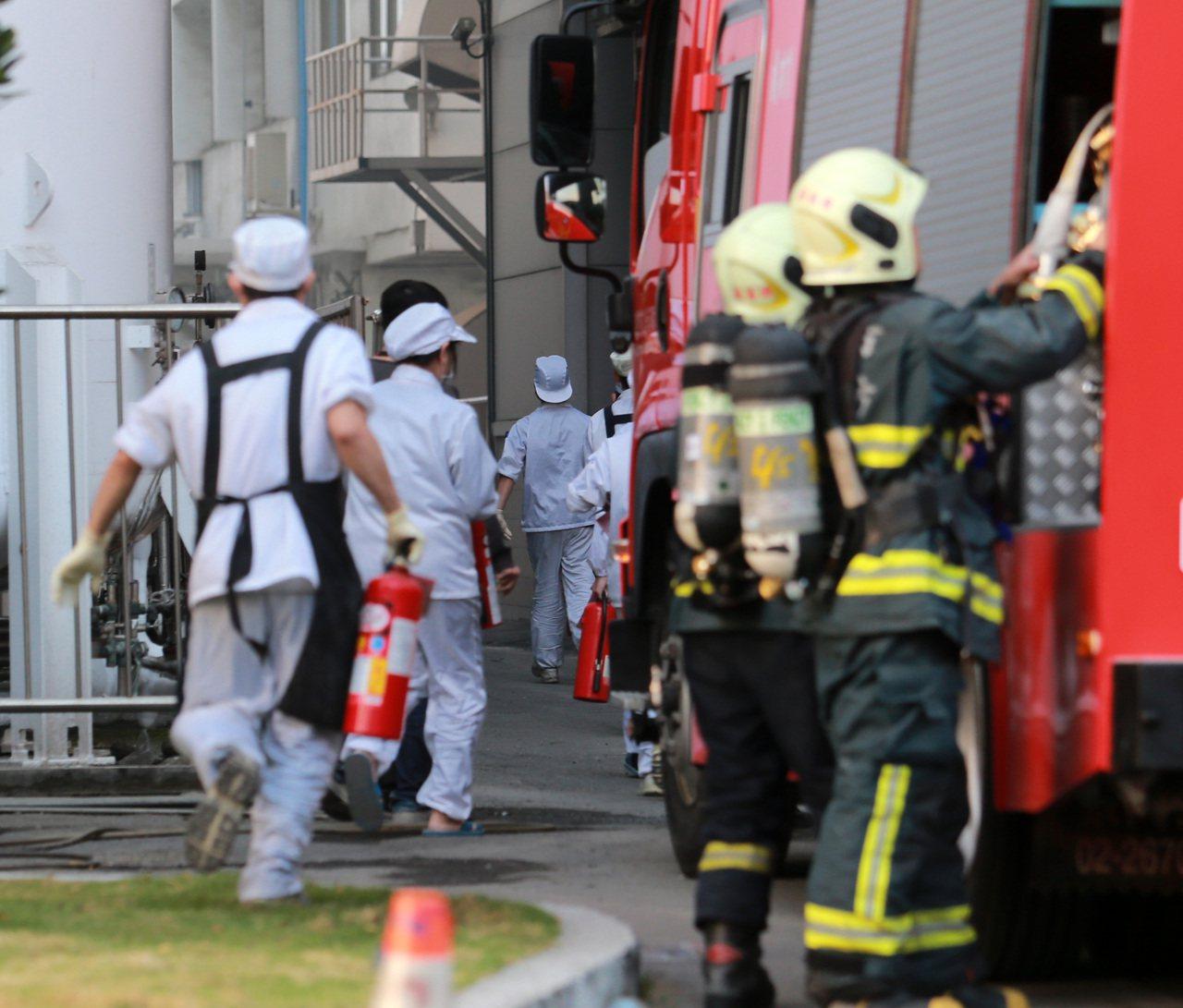 消防隊的抵達能快一秒是一秒,抵達後救災速度能快一步是一步,而怎樣讓消防隊可以「救...