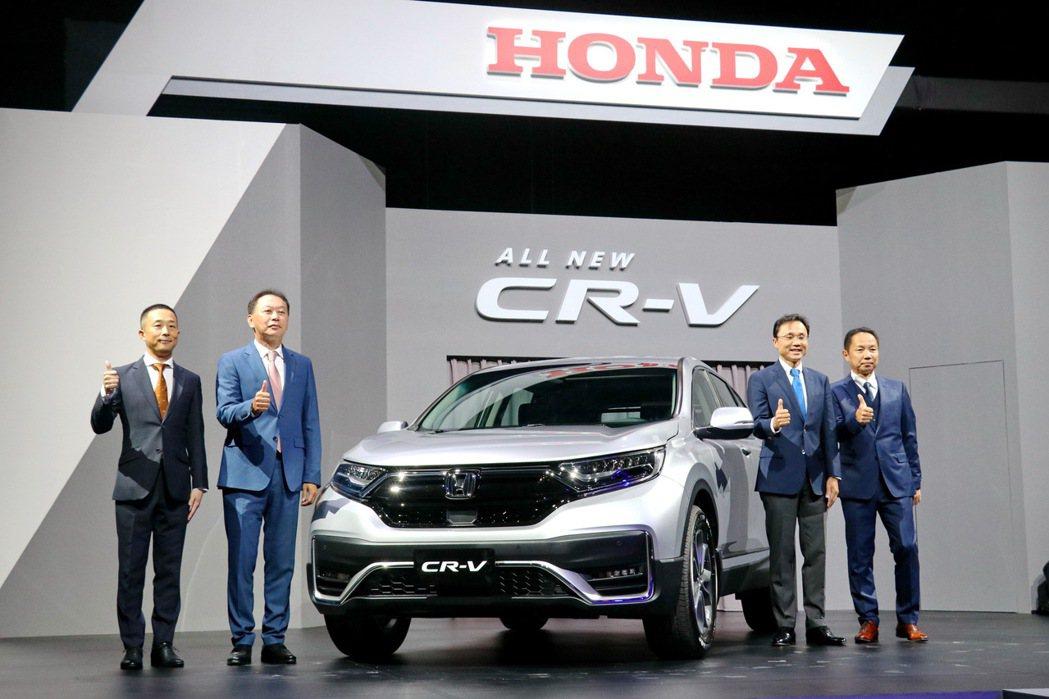 Honda推出小改款CR-V售價94.9萬起,年販目標2萬台。 記者陳威任/攝影