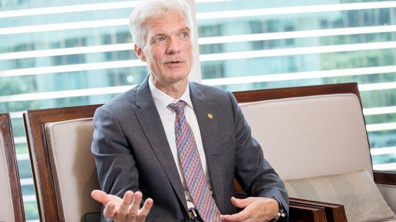 OECD 教育和技能主席、 PISA (國際學生能力評比)負責人安德列・史萊賀( Andreas Schleicher )。(曾千倚攝)