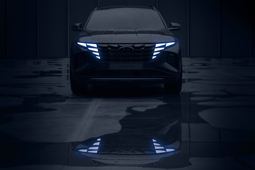 Hyundai今天釋出大改款Tucson發表預告影片,影片中的Tucson造型與...