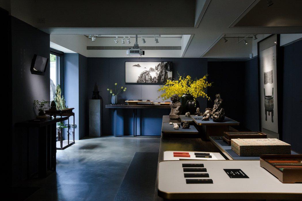 陳維駿認為,具有藝術價值的器物,是人類文明與意念的精魄。 圖/異雲書屋提供