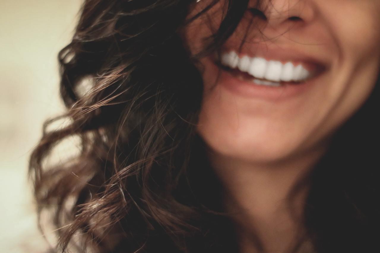 無論銀髮族或中壯年族群,每日除均衡飲食也應及早注意口腔與牙齒健康。 圖/unsp...