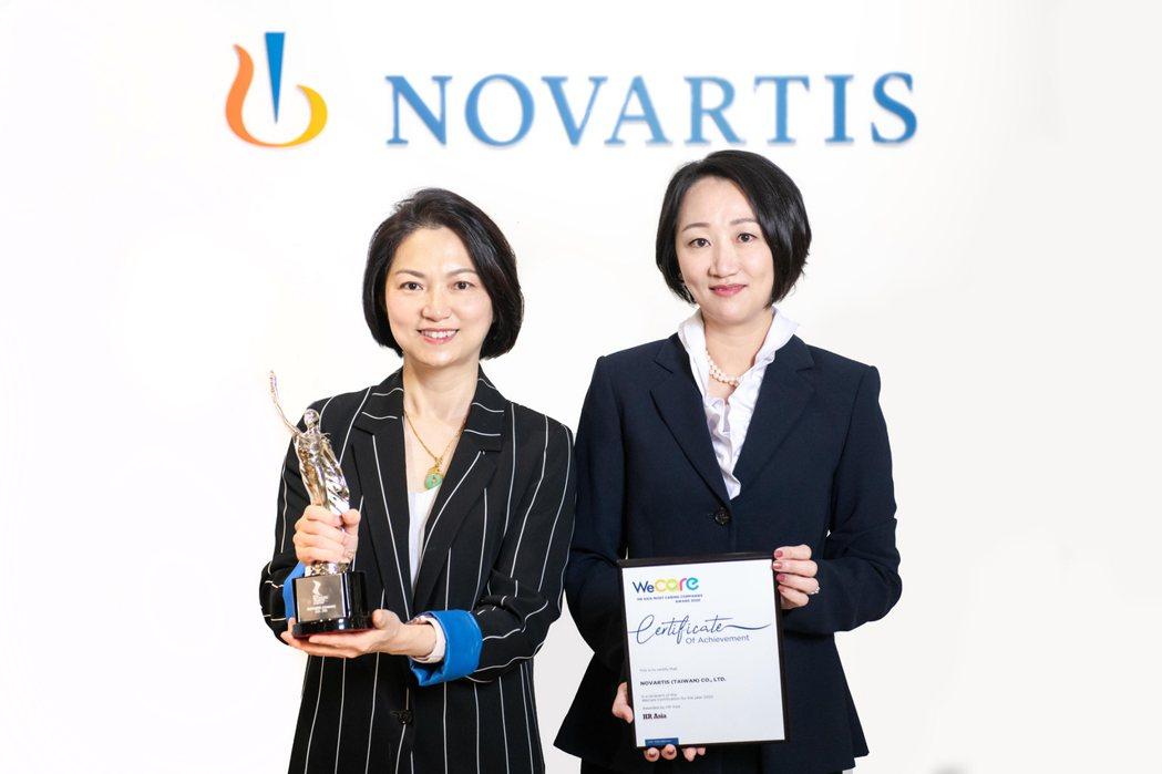 台灣諾華總裁謝麗娟(左起)、台灣諾華人力資源部部長洪瑩真合影。 台灣諾華/提供