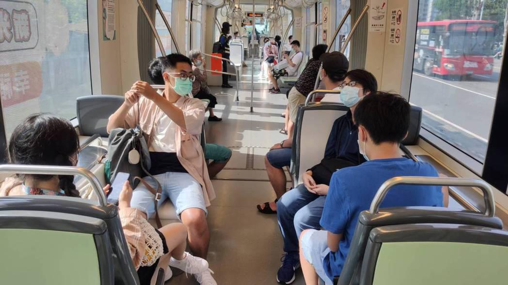 高雄輕軌整體運量提升已連三個月正成長。 高雄市政府捷運工程局/提供