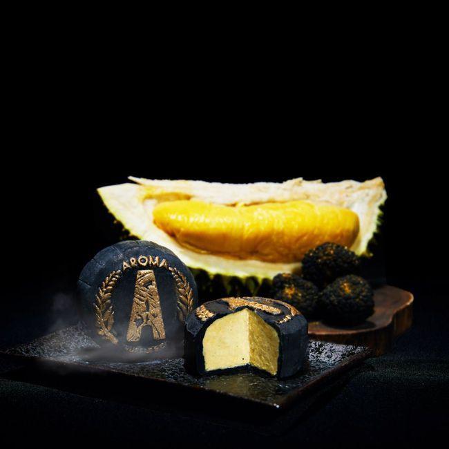 黑松露貓山王榴槤冰皮月餅。 圖/Talter Taiwan提供