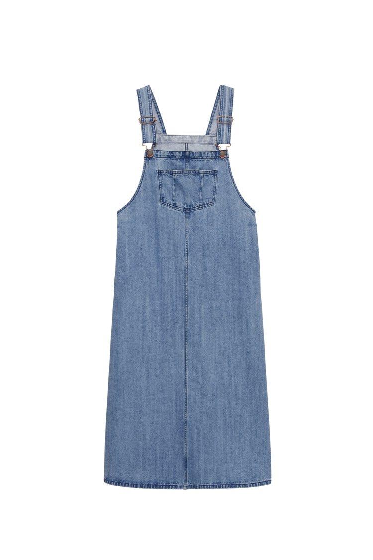女裝牛仔連身裙890元。圖/GU提供