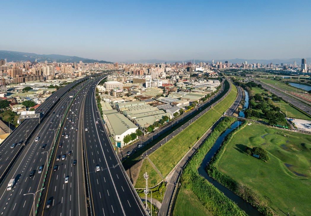 擴大三重都市計畫位在三重、五股交界處,本月16日將在蘆洲得仁市民活動中心舉辦座談...