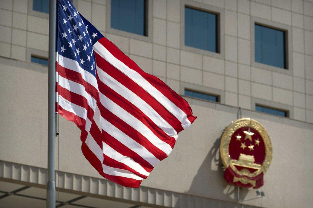 彭博經濟研究顯示,若美中脫鉤,中國的潛在成長率在2030年可能降至3.5%。美聯...