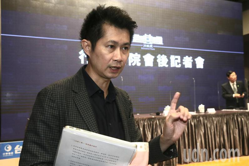 行政院發言人丁怡銘表示,冷凍美豬的肉臟在台灣沒有市場,如果婦女坐月子吃到美豬的肝、腰子,可能會家庭失和。記者黃義書/攝影