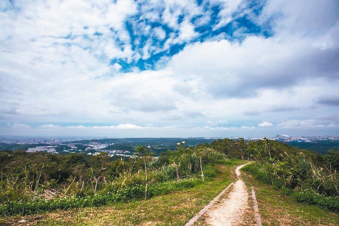 大棟山有地形優勢,可遠眺周邊景致。 圖/桃園市政府提供