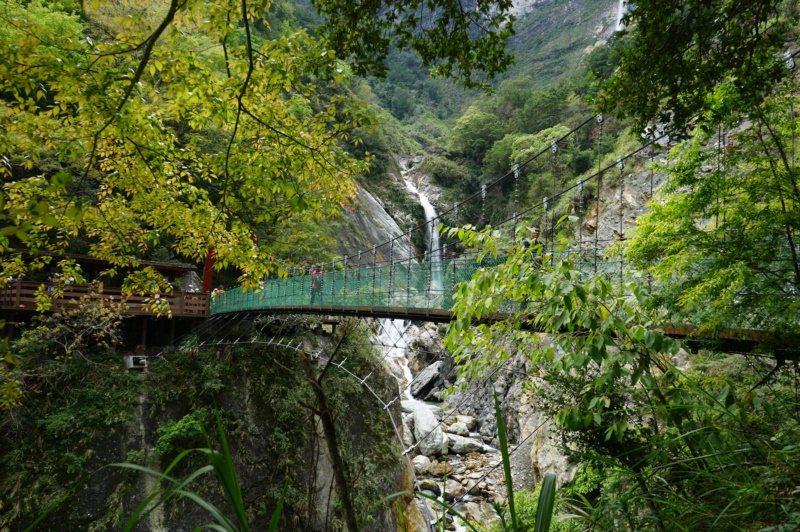 太魯閣國家公園白楊步道終點處的白楊吊橋。 圖/王燕華 攝影
