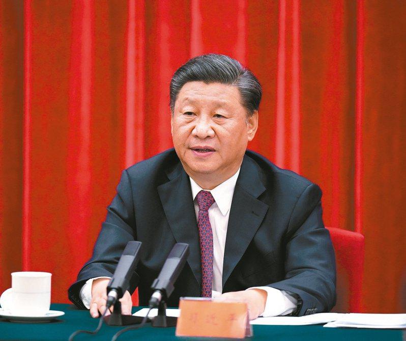 中共總書記習近平昨在紀念抗戰勝利75周年座談會上,不點名地反擊美國近期對中共的批評。 (新華社)
