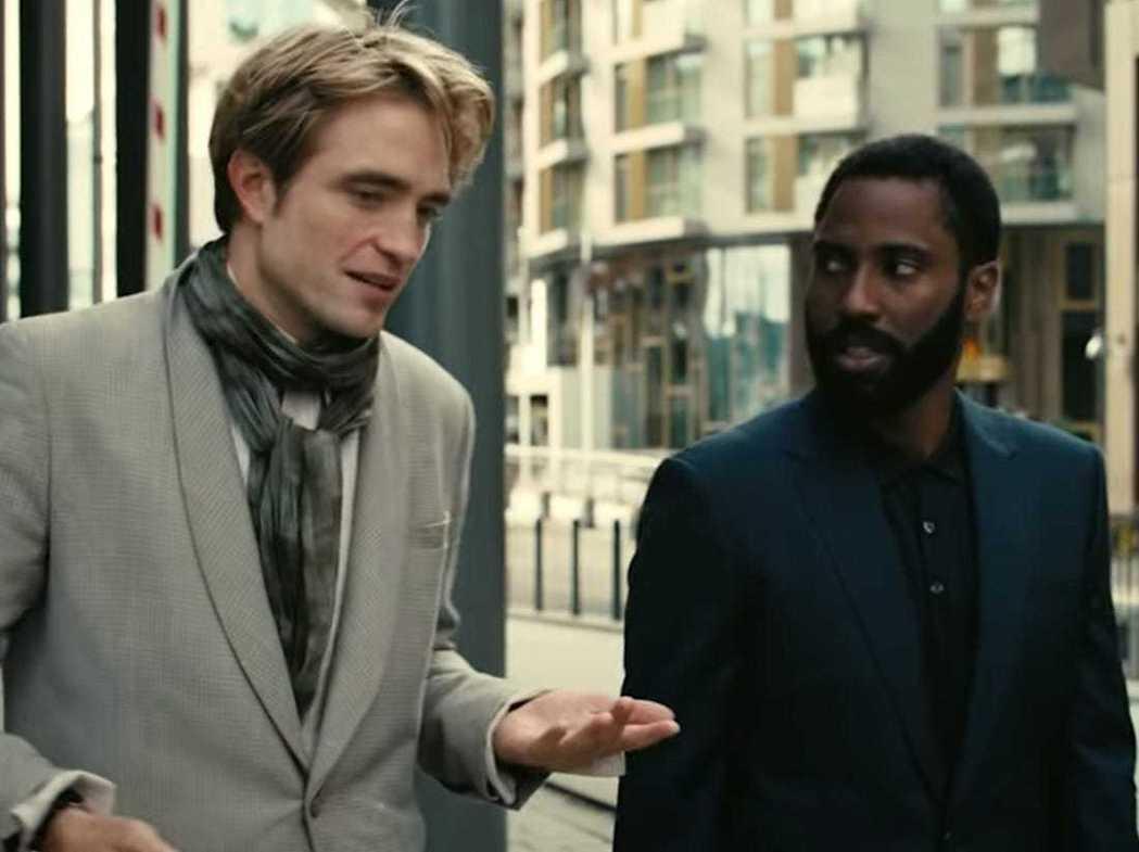 羅伯帕汀森(左)在「天能」演出搶眼,約翰大衛華盛頓(右)被奪去不少光采。圖/摘自...