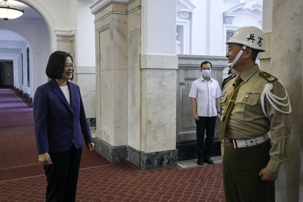 邰智源被蔡英文總統狂虧。圖/friDay影音提供