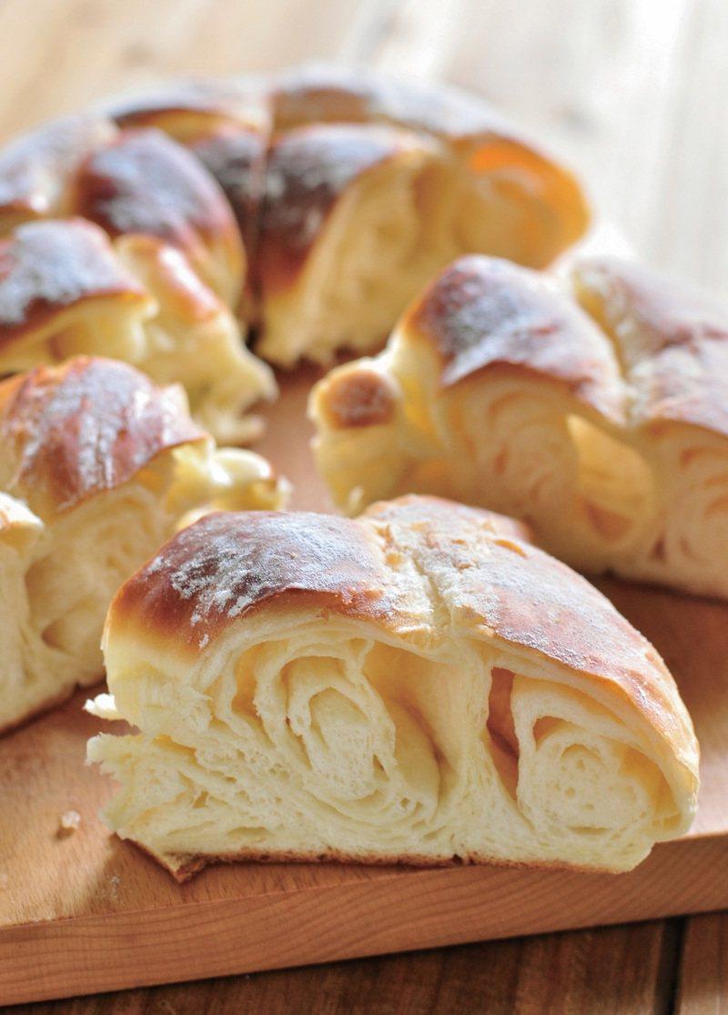 西班牙奶油螺旋麵包。圖/幸福文化 提供