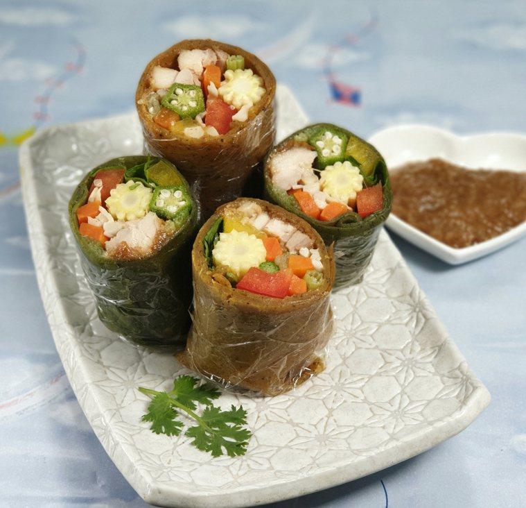 雞肉時蔬胡蘿蔔春捲佐堅果醬 圖/林芝蕙提供