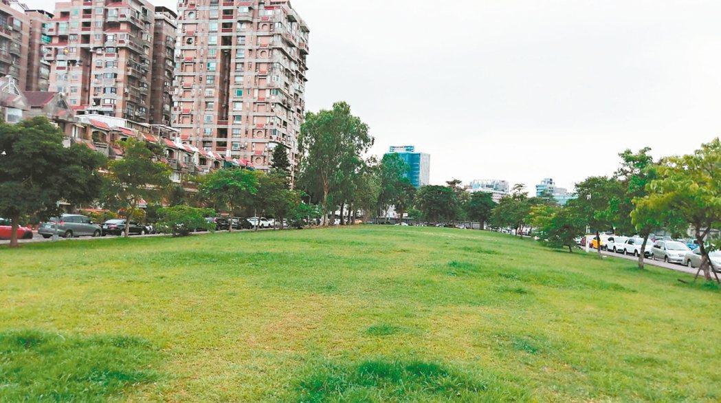 一名網友PO文提到,他認為住在民生社區「住宅區就是要有住宅區的樣子」,完全沒有像...
