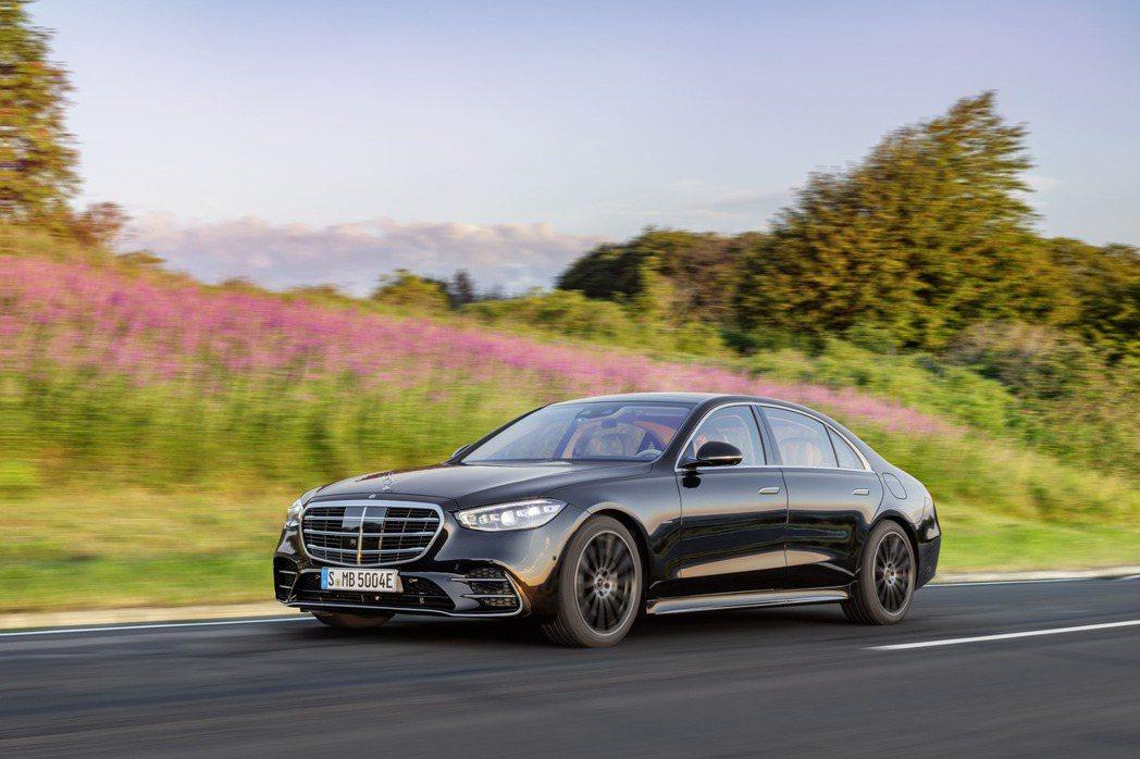 新世代Mercedes-Benz S-Class在9月2日正式發表,車系動力編成...