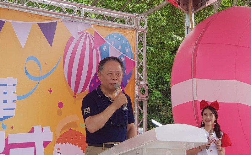華南金控董事長張雲鵬今參與「幸福華南親子嘉年華」。記者戴瑞瑤/攝影