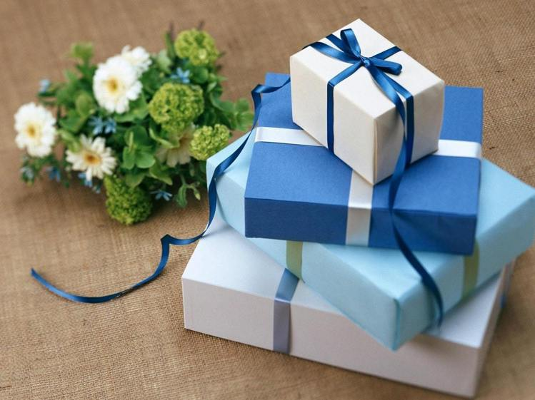 拋開對禮盒套裝的便宜迷思吧!圖/摘自 pexels