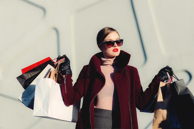 購物沒有特別省得技巧,掌握只買自己需要的,別貪小便宜。圖/摘自 pexels